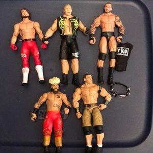 WWE Lot of 5 Wrestling Figures Includes Belt